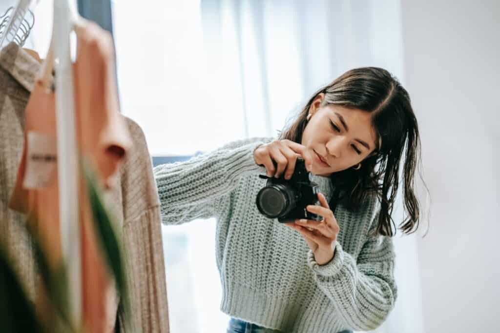 how to sell clothes online