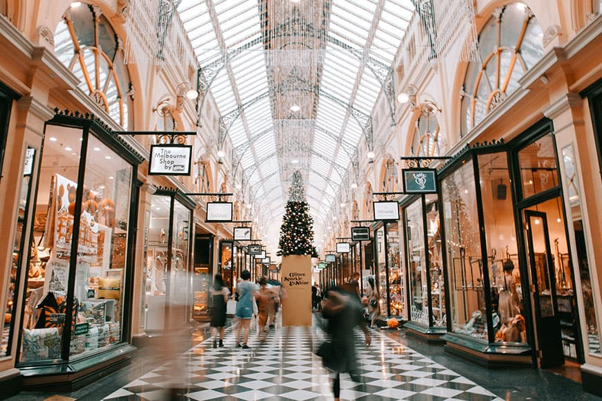 global supply chain holiday shopping